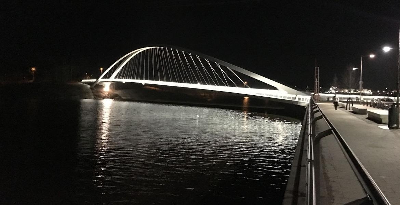 Isoisän silta, Kalasatama